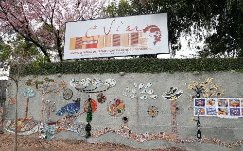 imagem do muro do Guido Viaro