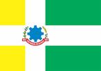 Criada pela Lei Municipal nº 22/1971 de 16 de Novembro de 1971, tendo sua redação alterada pela Lei Municipal nº 588/1991 de 06 de Setembro de 1991.     Atualmente a Bandeira do Município de São Miguel do Iguaçu é de forma retangular, na proporção de 14 (quatorze) módulos de largura por 20 (vinte) módulos de comprimento. Uma cruz latina com 4 (quatro) módulos de largura, é posta horizontalmente, na cor branca, tendo aplicado em seu entroncamento o Brasão de Armas do Município. Os dois quadrados ao lado da adriça são em amarelo e os dois retângulos na cor verde.     As Cores  Amarelo: é a imagem da maturidade de juízo. Simboliza nobreza, magnitude e riqueza do solo.  Branco: é a luz pura. Simboliza integridade, obediência, vigilância, paz, ordem, fé do povo.  Verde: é a pujança da natureza, a exuberância das matas. Simboliza esperança, liberdade.  Azul: é a cor do firmamento. Simboliza justiça, verdade, lealdade, beleza.  Vermelho: é a energia. Simboliza fortaleza, coragem, triunfo, audácia dos pioneiros desbravadores.