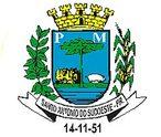 O Escudo samnítico, usado para representar o brasão de Santo Antonio do Sudoeste, foi o primeiro estilo de escudo introduzido em Portugal, por influência francesa, evocando a raça latina, colonizadora e principal formada da nacionalidade.      A coroa mural que a sobrepões, sendo de ouro, de oito torres, dos quais apenas cinco são visíveis em perspectiva no desenho, identifica o Brasão de Domínio, classificando a cidade que representa na segunda grandeza, sede e Comarca.      A cor azul do campo do escudo é simbolo heráldico da jsutiça, da perceverança e da lealdade.      O pinheiro, o suíno e o trator, indicam as riquezas materiais existentes que garantem o desenvolvimento do Munícipio e o bem estar do seu povo.      Nos orçamentos exteriores, as hastes de soja e milho, lembram no brasão os principais produtos da terra dadivosa e fértil e que sustentam a alimentação de seus habitantes.      No listel, o topônimo que individualiza e imortaliza a homenagem prestada ao padroeiro da cidade.